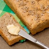 chleb pszenno-żytni ze słonecznikiem na drożdżach